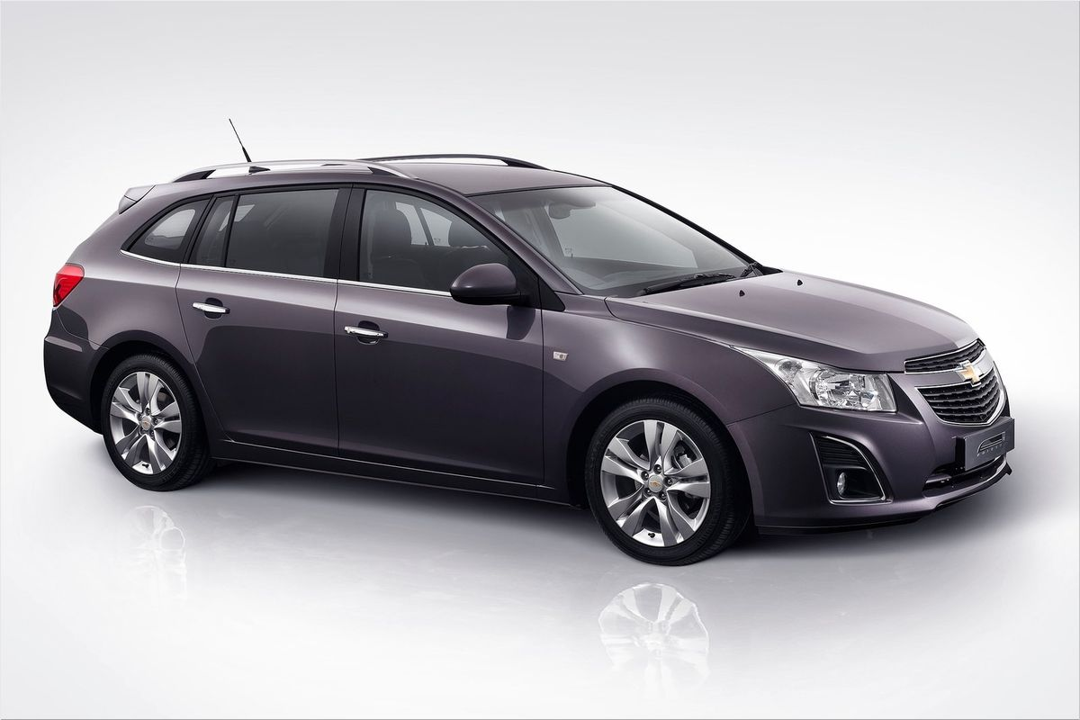 2013 chevrolet cruze station wagon photo. Black Bedroom Furniture Sets. Home Design Ideas