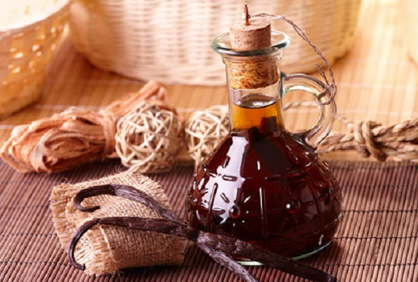 What are the benefits of vanilla oil for the body ?