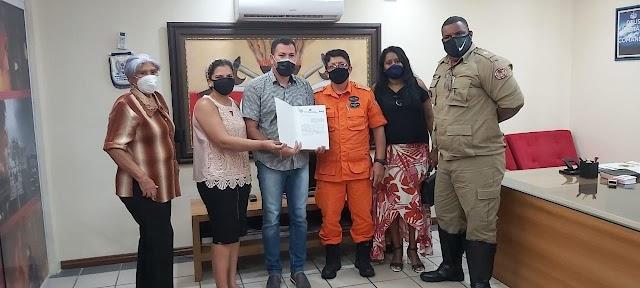 Comandante do CBM, coronel Célio Roberto, firma parceria para a instalação da Escola dos Bombeiros em Penalva*