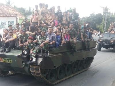 TNI-AD Gelar Pameran Alutsista di Tugu Pepadun Lampung Tengah