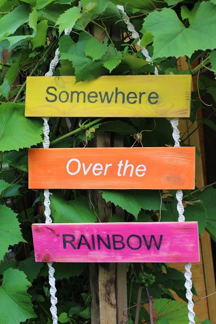 Somewhere over the rainbow..