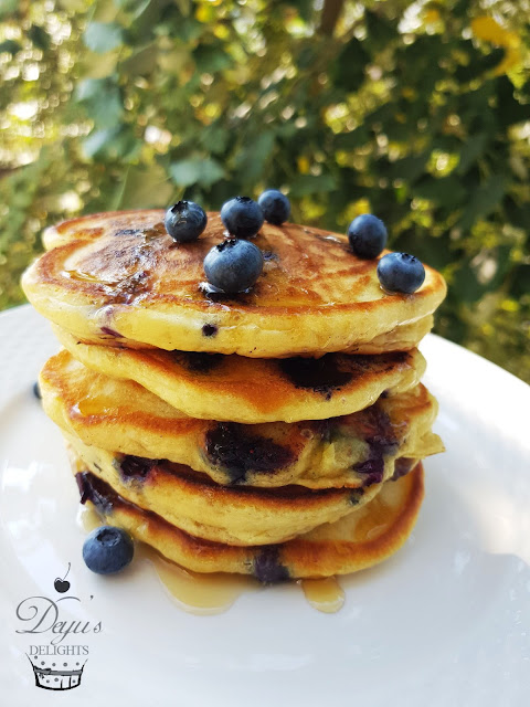 Pancakes cu afine - reteta video