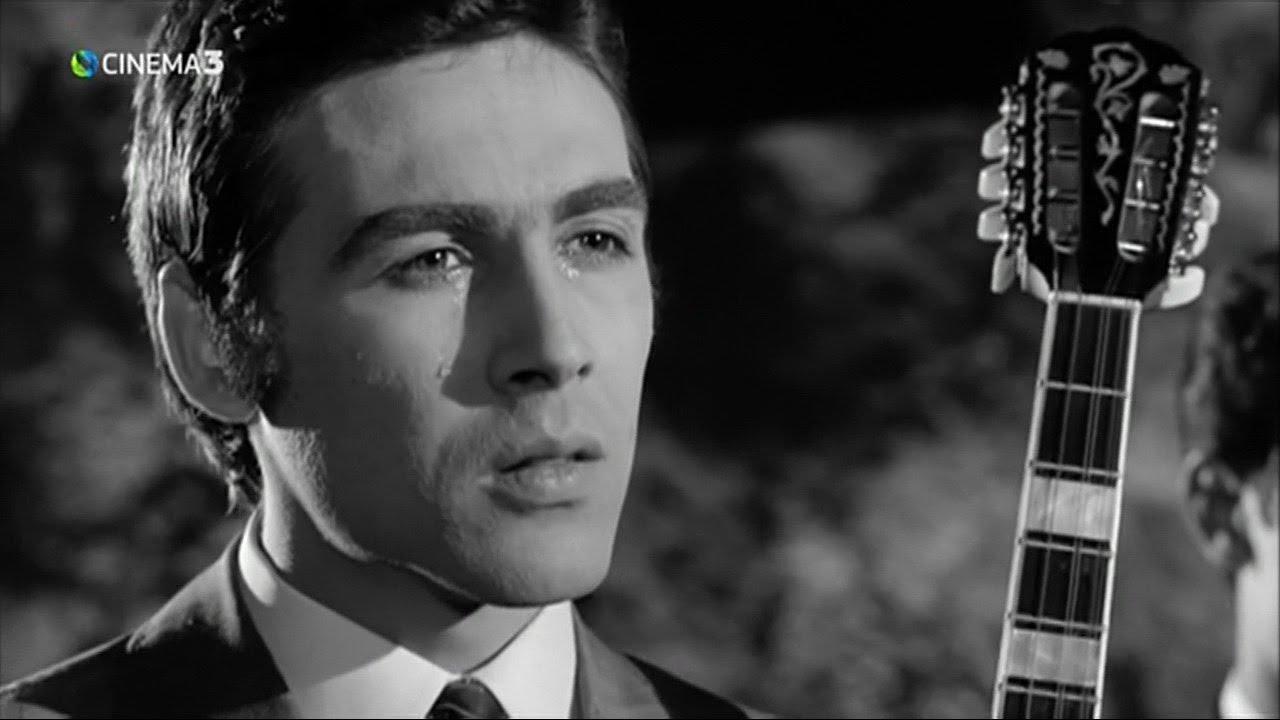 """Έφυγε"""" ο """"πρίγκιπας"""" του ελληνικού τραγουδιού Τόλης Βοσκόπουλος"""