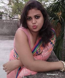 indian hot auntie images Navel Queens