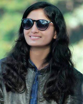 Geeta Rabari hd images
