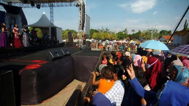 Viral Wakil Ketua DPRD Kota Tegal Gelar Konser Dangdut, Publik Murka