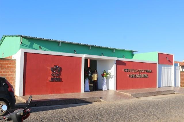Durante solenidade, APAE de Elesbão Veloso entrega novas instalações, incluindo um centro cultural