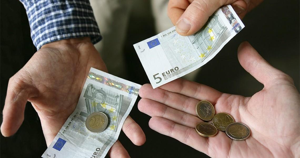 Κοινωνικό μέρισμα: 500-1.000 ευρώ πριν από τα Χριστούγεννα - Οι δικαιούχοι, πώς θα δοθεί