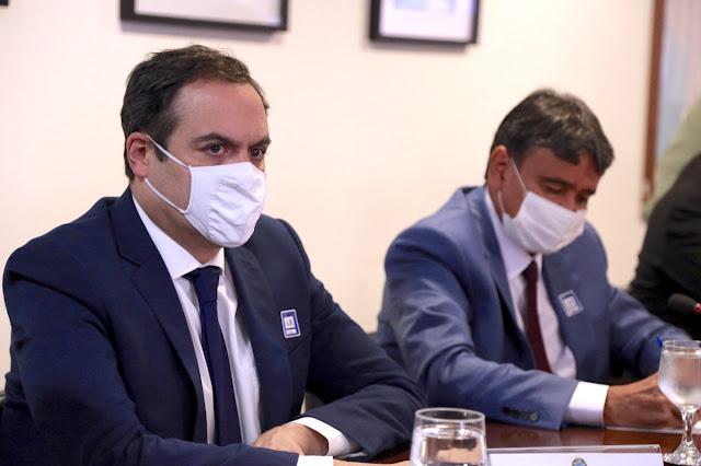 Paulo Câmara participa de reunião com ministro da Saúde e cobra plano de imunização para todos os brasileiros
