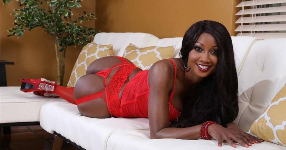 Zona Sin Censura: VIP: Diamond Jackson (@Diamond) In Red