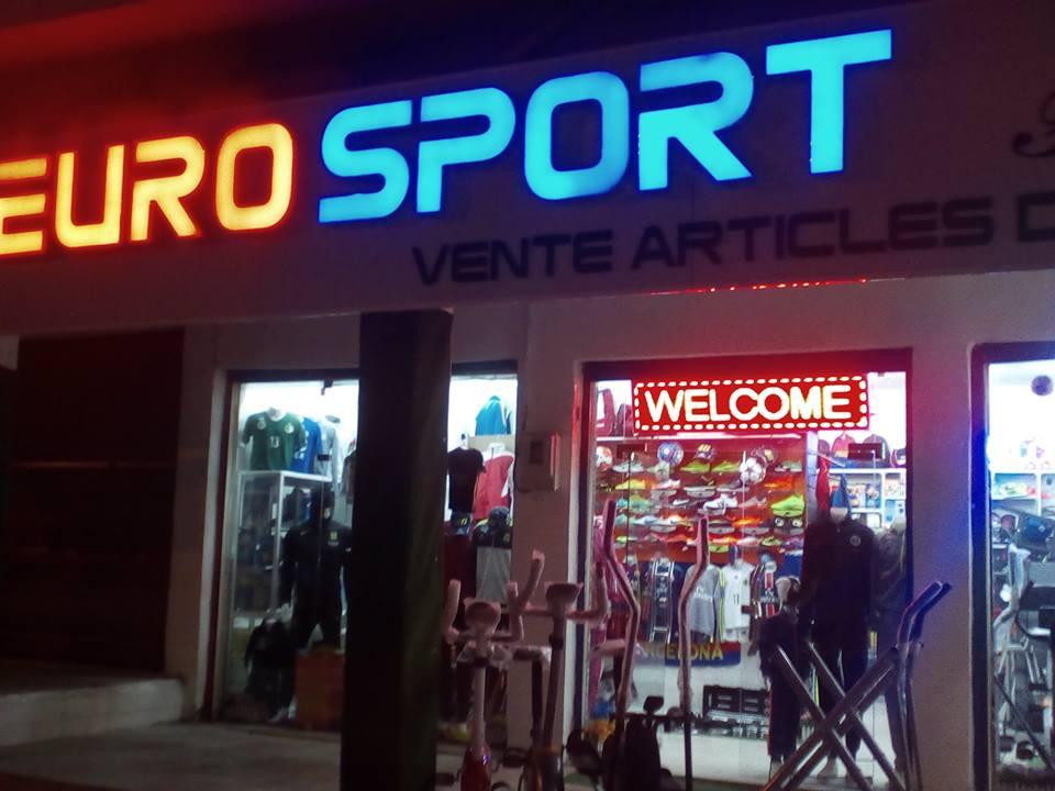 47e242bdd5ded Achat article de sport. La pratique du sport nécessite souvent des vêtements  et des tenues spécifiques pour être à l aise. Eurosport Fitness DZ propose  une ...