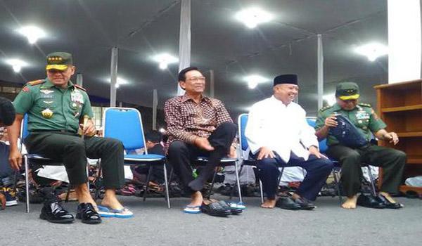 Cerita Panglima TNI Itu Menyayat Naluri Komlomerat Untuk Berinfak