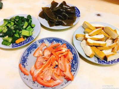 小黃瓜、海帶、豆干、豬耳朵