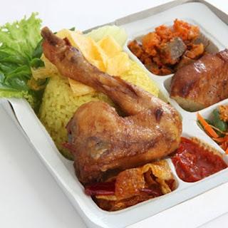 Nasi Kuning Ayam