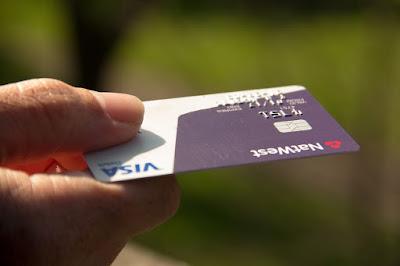 trik mengelola kartu kredit