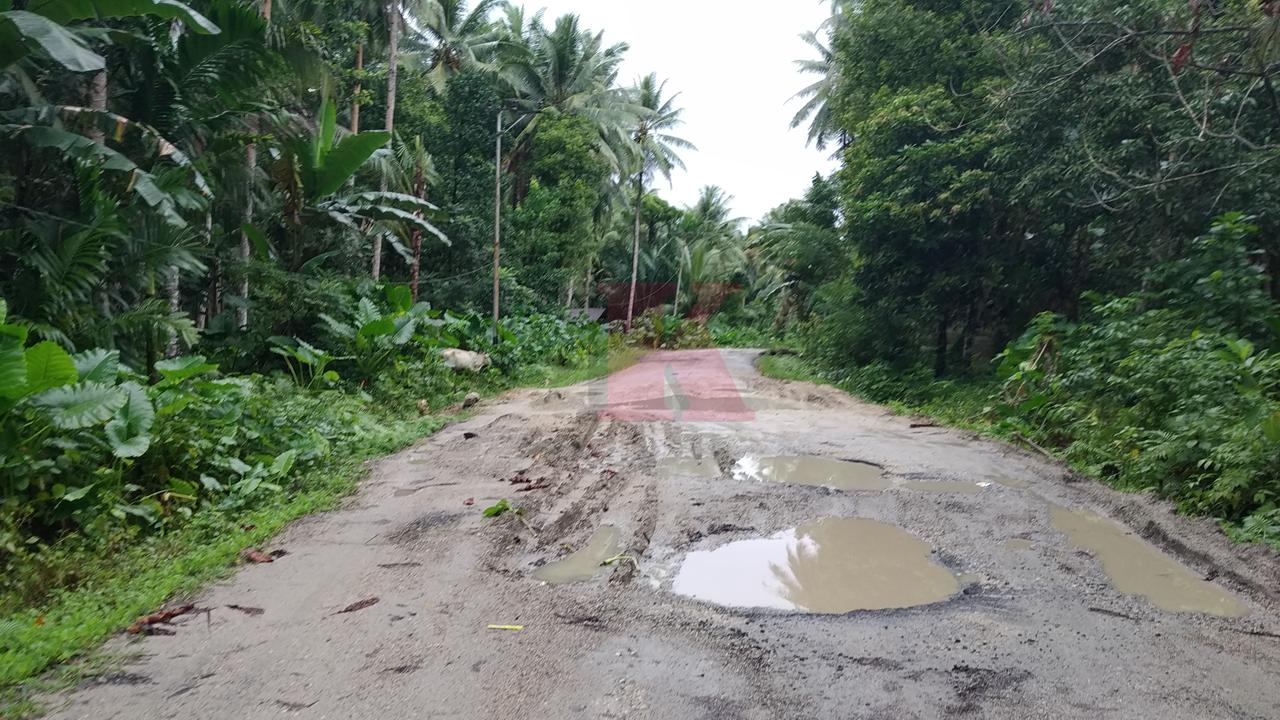 Ruas jalan Melonguane - Rainis