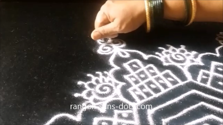 kolam-with-straaight-lines-1ak.png