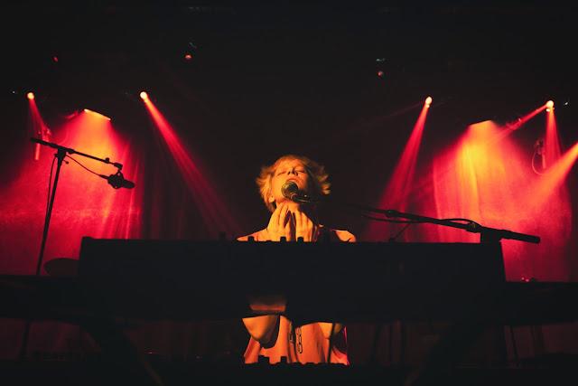 """Kid Be Kid fusionne jazz, electro et hip hop dans son nouvel EP """"Lovely Genders"""" dont est extrait """"Blood""""."""
