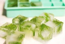 مكعبات الشاي الأخضر للوجه