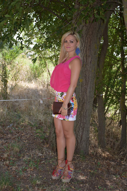outfit top fucsia come abbinare il fucsia abbinamento fucsia top intimissimi outfit estivi outfit settembre 2016 mariafelicia magno fashion blogger colorblock by felym fashion blogger italiane fashion blogger bergamo fashion blogger milano web influencer italiane