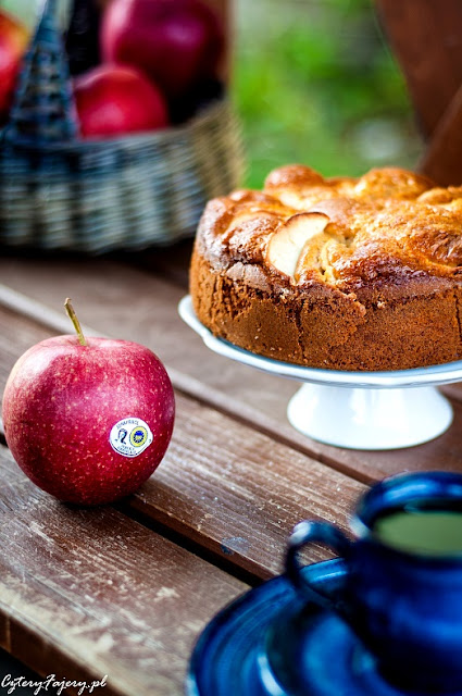 szybki-i-prosty-jablecznik-12-lyzek