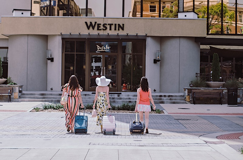 carry on luggage downtown Westin Chattanooga West Village