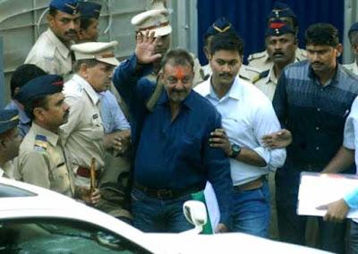 Sanjay Dutt, Yerwada Jail, sanjay dutt released, Bollywood, mahesh Bhatt, Manyta singh