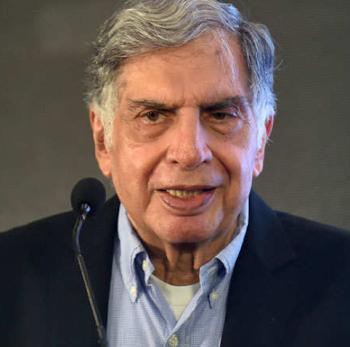 Ratan Tata, Akshay Kumar, Prabhas Kumar ने की करोड़ों रुपये की मदद