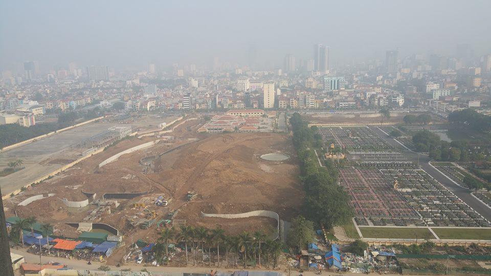 Công viên đang xây dựng trước dự án Goldmark City