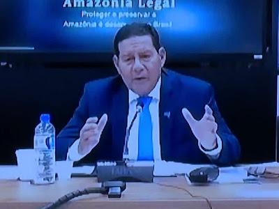 Mourão diz que posição do governo 'é uma só': isolamento e distanciamento social