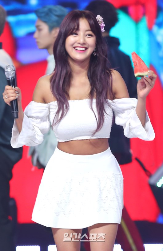 Fans Are Proud With Twice Jihyo U0026 39 S Tanned Skin
