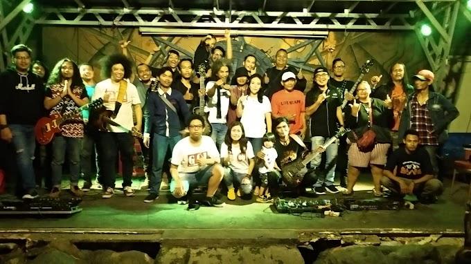 Guitar Community Of Indonesia (GCI) berkolaborasi dengan Jakarta Guitar Minusone (JGM) gelar Guitar Solo Instruments di Warung Apresiasi (Wapres) Bulungan, Kebayoran Baru - Jakarta Selatan