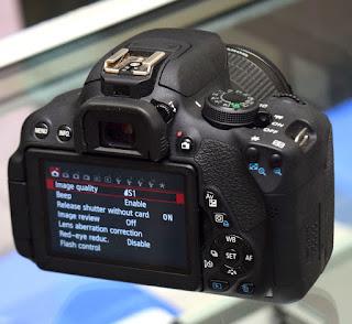 Jual Kamera Canon EOS 700D TouchScreen di Malang