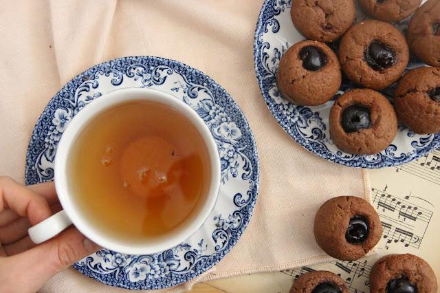 Mini moelleux chocolat au lait et cerises amarena (vegan)