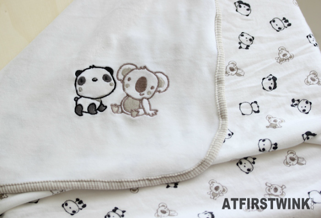 H&M baby towel with cartoon panda and koala