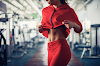 What is the Stomach Vacuum? The New Fitness Craze For a Flat Stomach