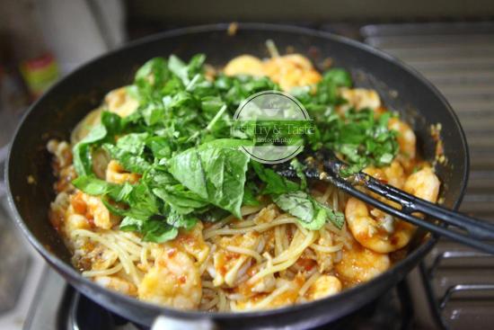 Resep Spaghetti Seafood Saus Tomat Basil JTT
