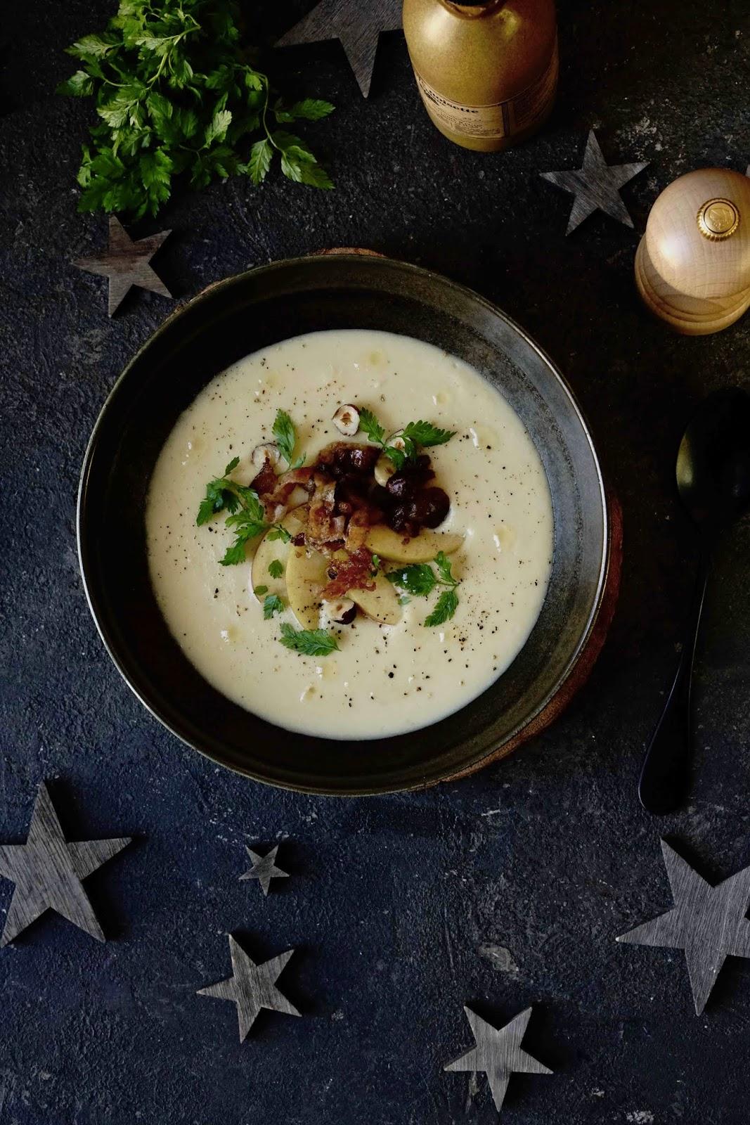 entrée festive , menu de noêl , soupe de légumes , soupe gourmande