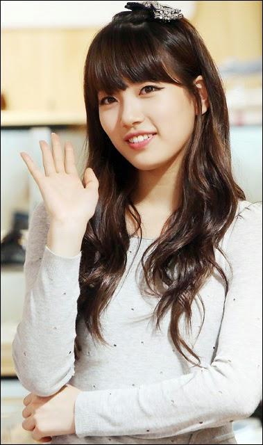 Uppss… Ternyata Suzy Miss A Jarang Keramas!