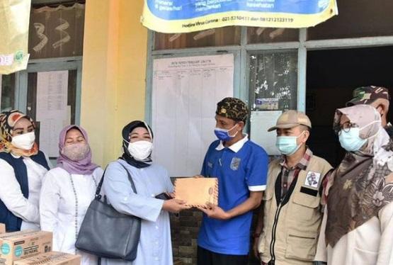 Kaukus Perempuan Parlemen Jabar Beri Bantuan Korban Bencana Alam Pergeseran Tanah di Sukabumi