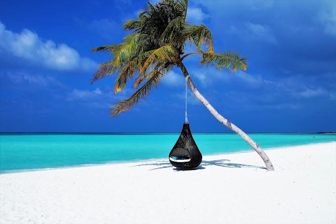 5 Tipe Orang Liburan Ke Pantai
