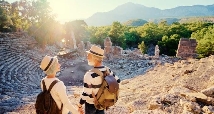 Travel Tips for Senior Travelers
