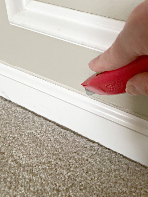 How to take baseboards off the wall without damage
