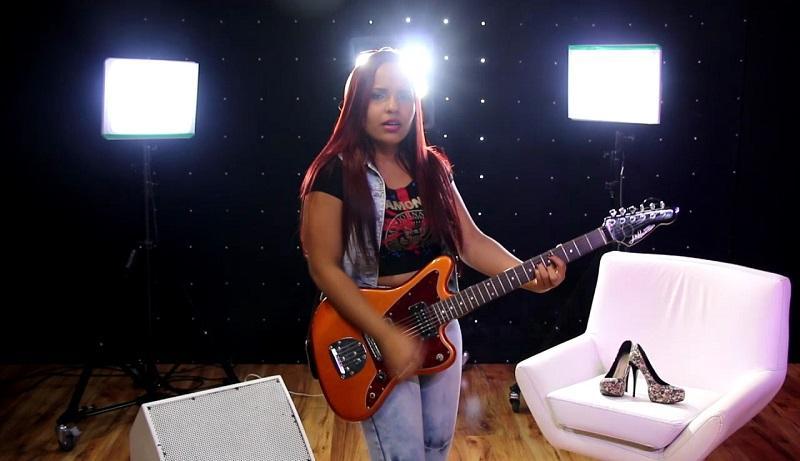 bb462dfac A cantora lançou recentemente o primeiro EP da sua carreira solo.