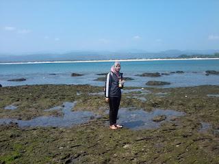 Pikiran Sedang Mumet, Coba Berkunjung ke Pantai Santolo