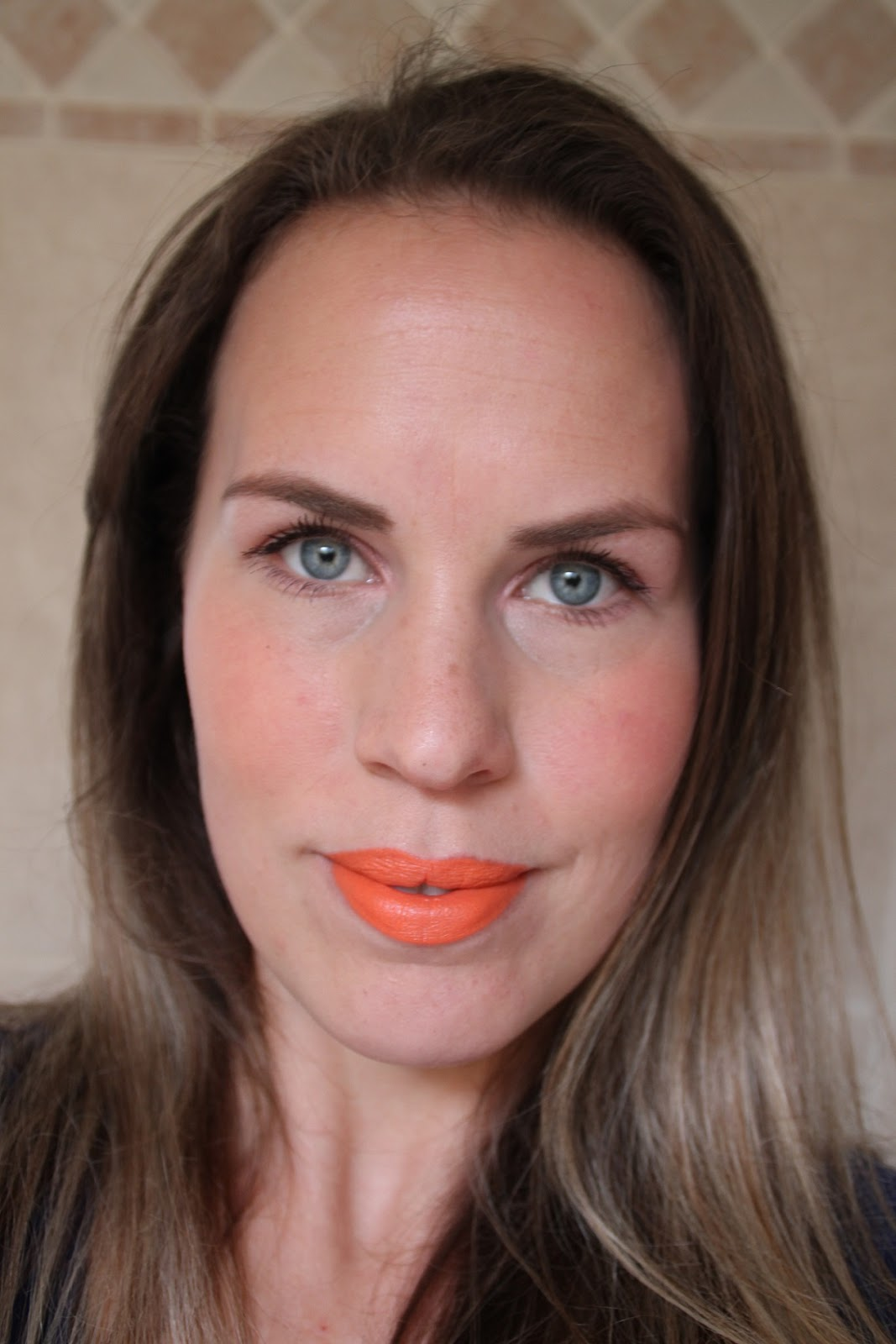 Crystaliciousss Mac Hailey Williams Lipstick Sounds Like: MAC Hailey Williams Lipstick Sounds Like Noise