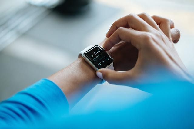 realme smartwatch Photo