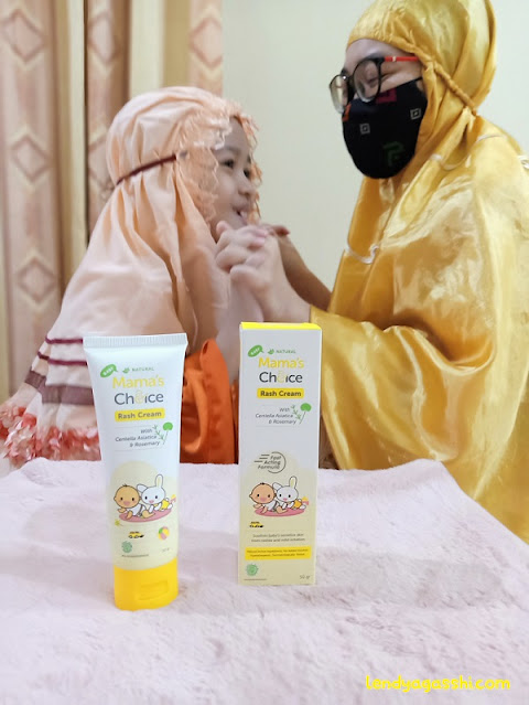 Atasi Biang Keringat dengan Mama's Choice Rash Cream