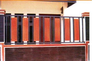 Contoh Desain Pagar Kayu