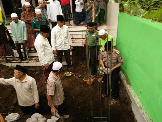 Jajaran Forkopimka Hadiri Peletakan Batu Pertama Rehap Masjid Baiturrohman